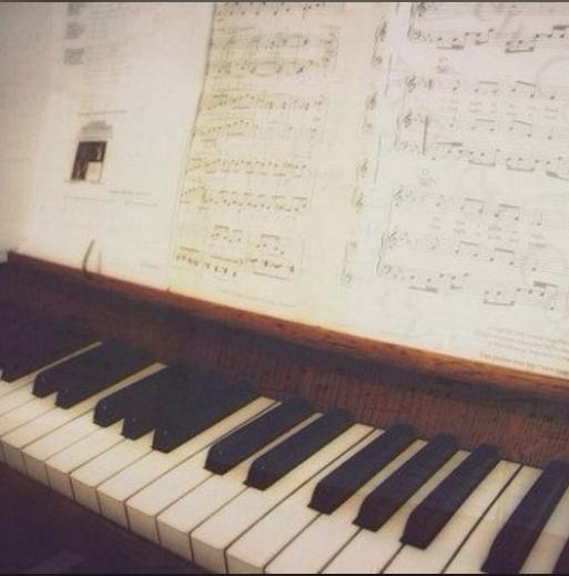 千與千尋片首曲-那一天的河川(接近原版)钢琴谱