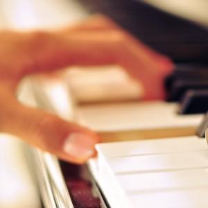 卡农正版钢琴谱