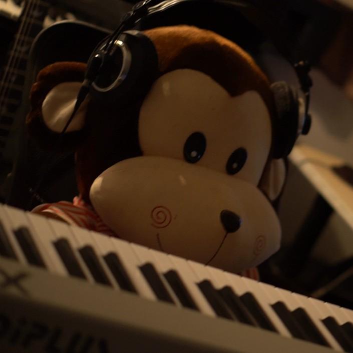黄小天流行钢琴室的钢琴谱