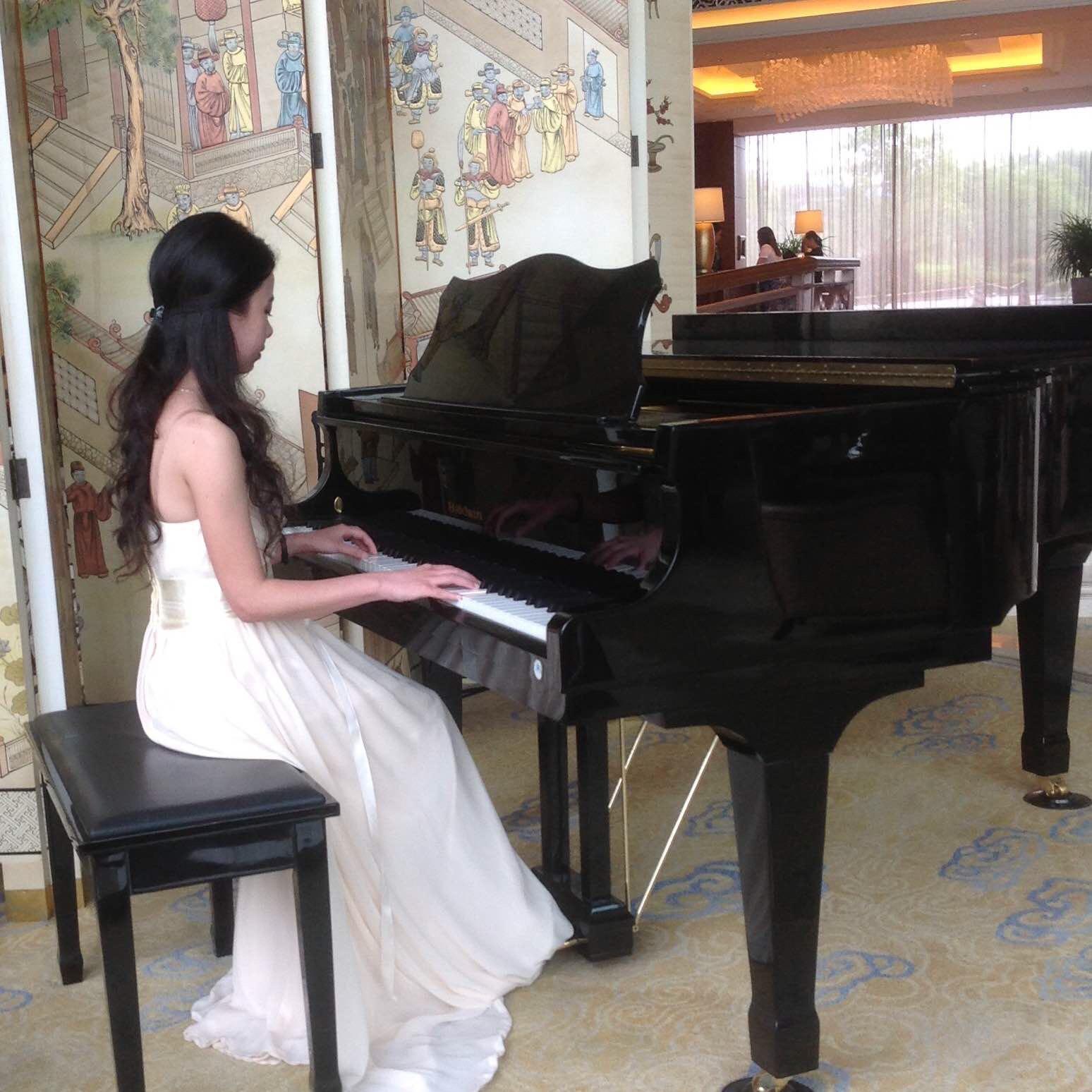 LokLok Piano的钢琴谱