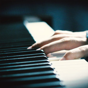 Crying Alone钢琴谱