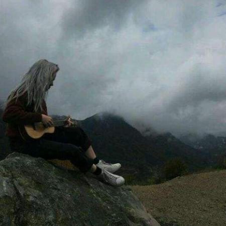 《Six Feet Under》Billie Eilish热门单曲钢琴独奏钢琴谱