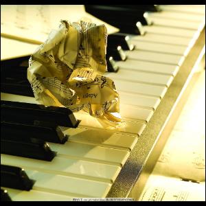 眼泪--大音符版钢琴谱