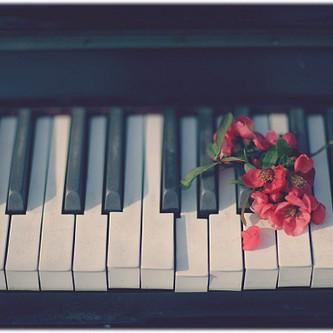 免费意境钢琴曲钢琴谱
