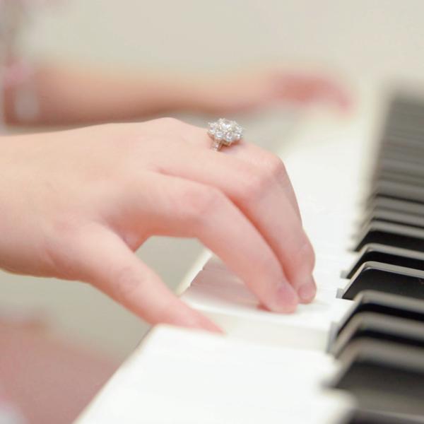 开心梦幻练音阶—左手D大调「带指法」