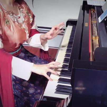 山鬼【绯绯Feifei版】钢琴谱