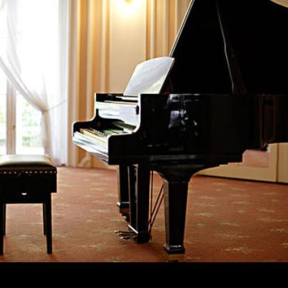 victory(还原版)_钢琴独奏钢琴谱