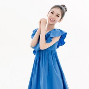 《成长是首歌》 11岁歌手李昕融钢琴谱