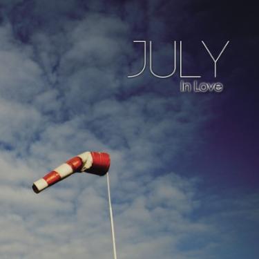 In Love-July沉浸在爱中钢琴谱