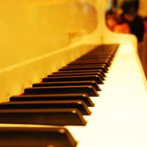 优美的小调钢琴谱